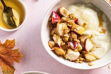 omenagranola ja maapähkinävoi-karamelli