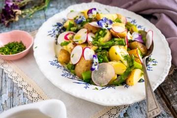 peruna-parsasalaatti