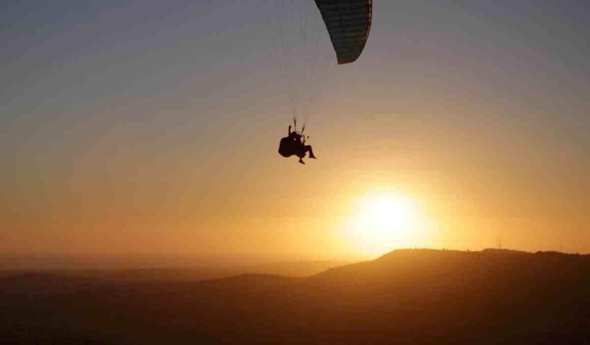 Volar en Parapente Biplaza volar en parapente cadiz Volar en Parapente en Cadiz Cabecera1Inicio