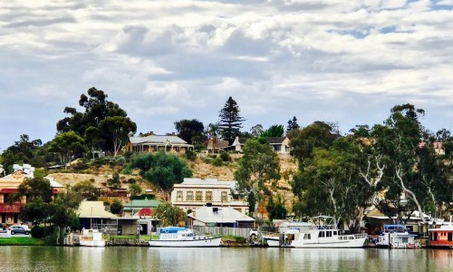 White Houseboats. Mannum. South Australia