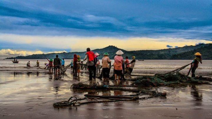 jenis pekerjaan yang menghasilkan barang nelayan
