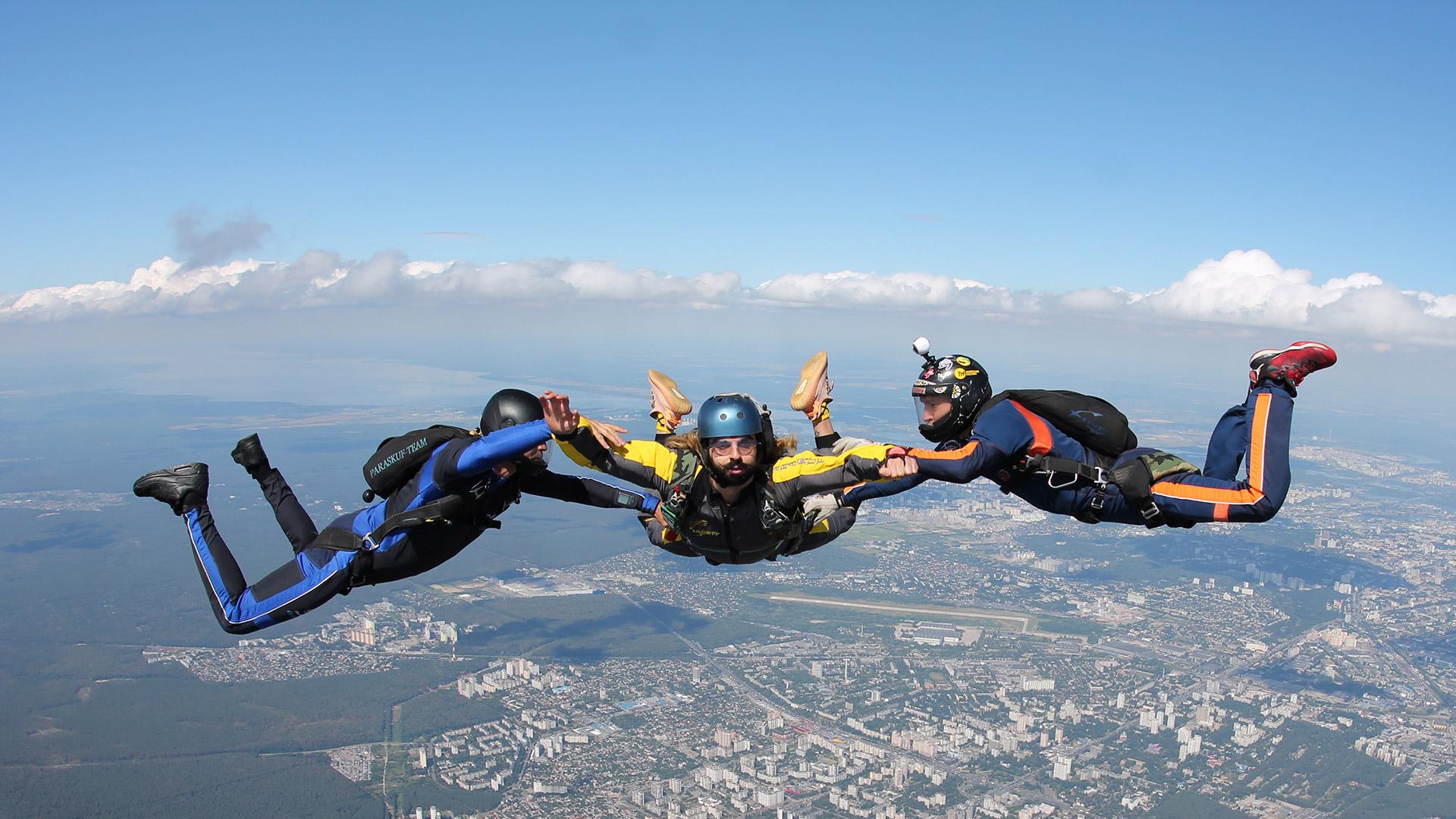 Курс AFF - обучение прыжкам с парашютом в Киеве на Аэродроме Чайка
