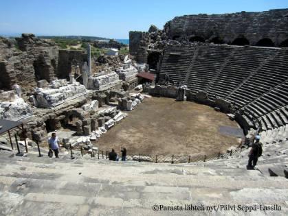 Roomalaisajalta peräisin oleva teatteri.