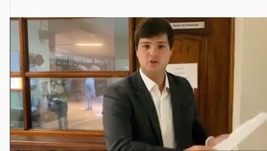 Photo of [VÍDEO] Deputado Thiago Araújo pede impeachment de Helder Barbalho por desvio de R$ 1,3 bilhão da saúde