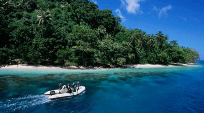 9 Tempat Wisata Di Papua Yang Wajib Untuk Dikunjungi