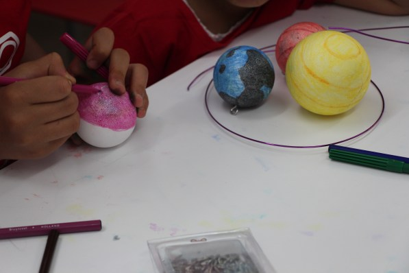 34-img-taller-manualidades-planetas-paraypormujeres
