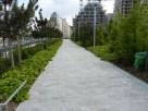 Pente douce d'accès au Parc MLK depuis le boulevard Berthier