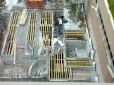 Préparation du coulage de la dalle du 1er étage du côté du bâtiment C de l'immeuble