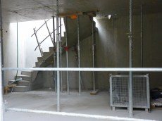 Escalier d'accès et espace nuit en devenir