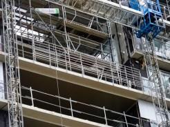 Garde-corps, 9° étage, terrasse de la faille entre les bâtiments B et C