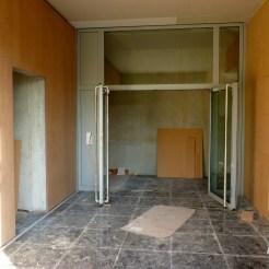 Entrée du bâtiment C : porte intérieure