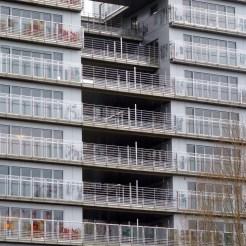 Installation des séparateurs de balcons et terrasses