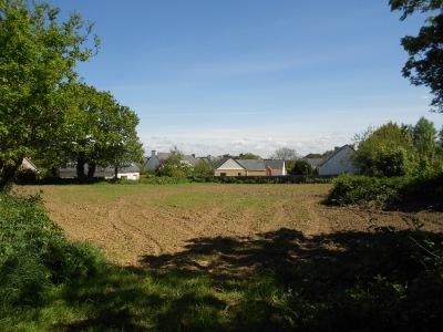 500 m² grand espace verdure entre Plabennec et Lesneven Le drennec ville chaleureuse et verdoyante