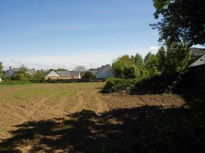 Le Drennec 450 m² 37 800 pas cher grande surface verdoyant entre lesneven et Plabennec