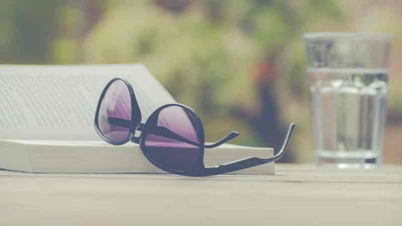 Vacances, lectures, soleil et challenges estivaux