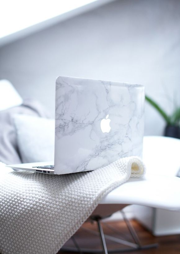 MacBook Air skin effet marbre