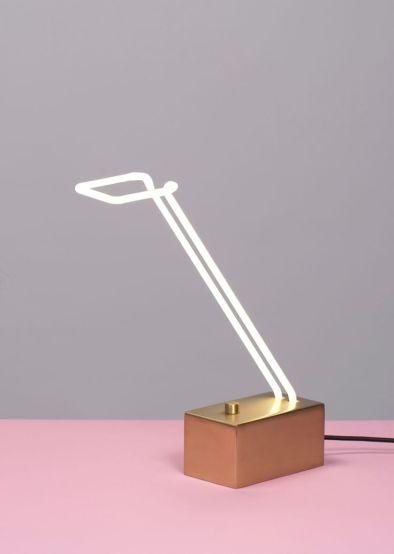LIGHT LINE, Designed by Mary Wallis for Lindsey Adelman Studio - Photo Mary Wallis