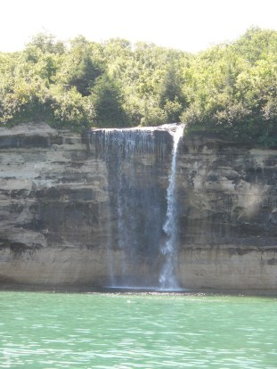 waterfall pictured rock