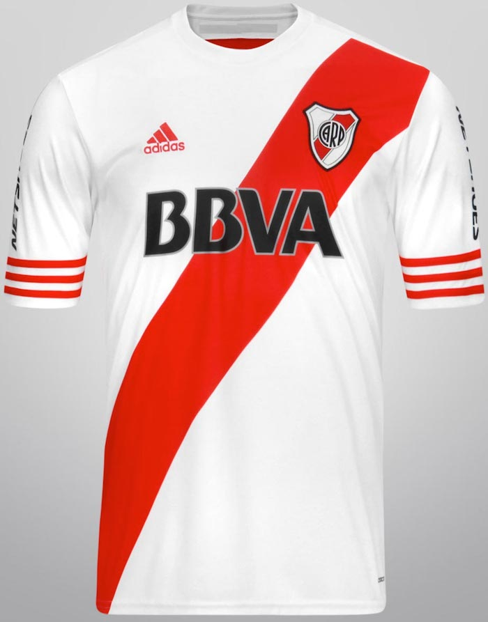 River Plate, Argentina - Local