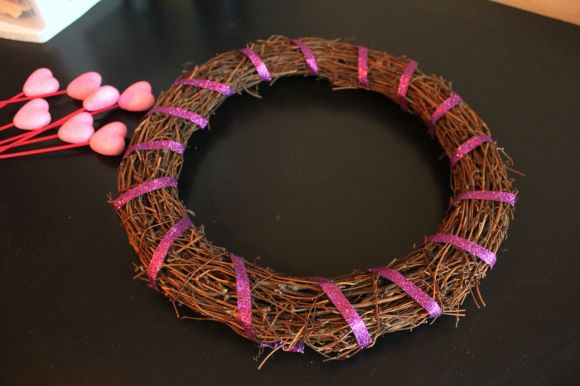 Valentine's Day Wreath | Parental Perspective