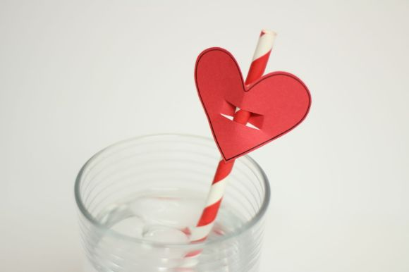 Valentine's Day Heart Shaped Straw Topper | Parental Perspective