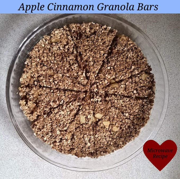 Apple cinnamon granola bar recipe Microwave recipe via www.parentclub.ca