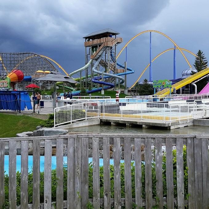 Canada's Wonderland Splash Works Tips via www.parentclub.ca