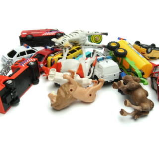 best places to find gently used kid gear, toys, and clothes via www.parentclub.ca