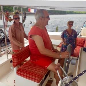 Avec Annie et Yoann, en route vers les Grenadines