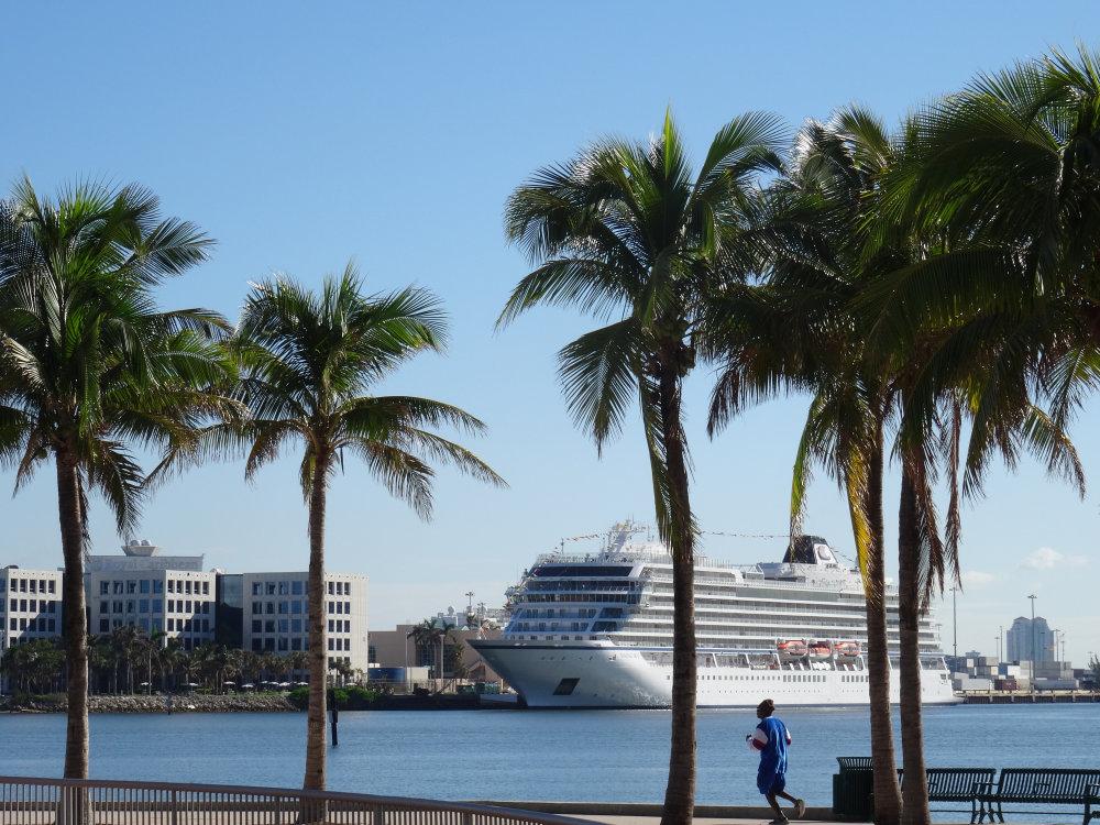 Un paquebot en escale à Miami