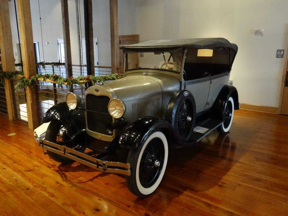 Un autre modèle de Ford T construit à Crowley