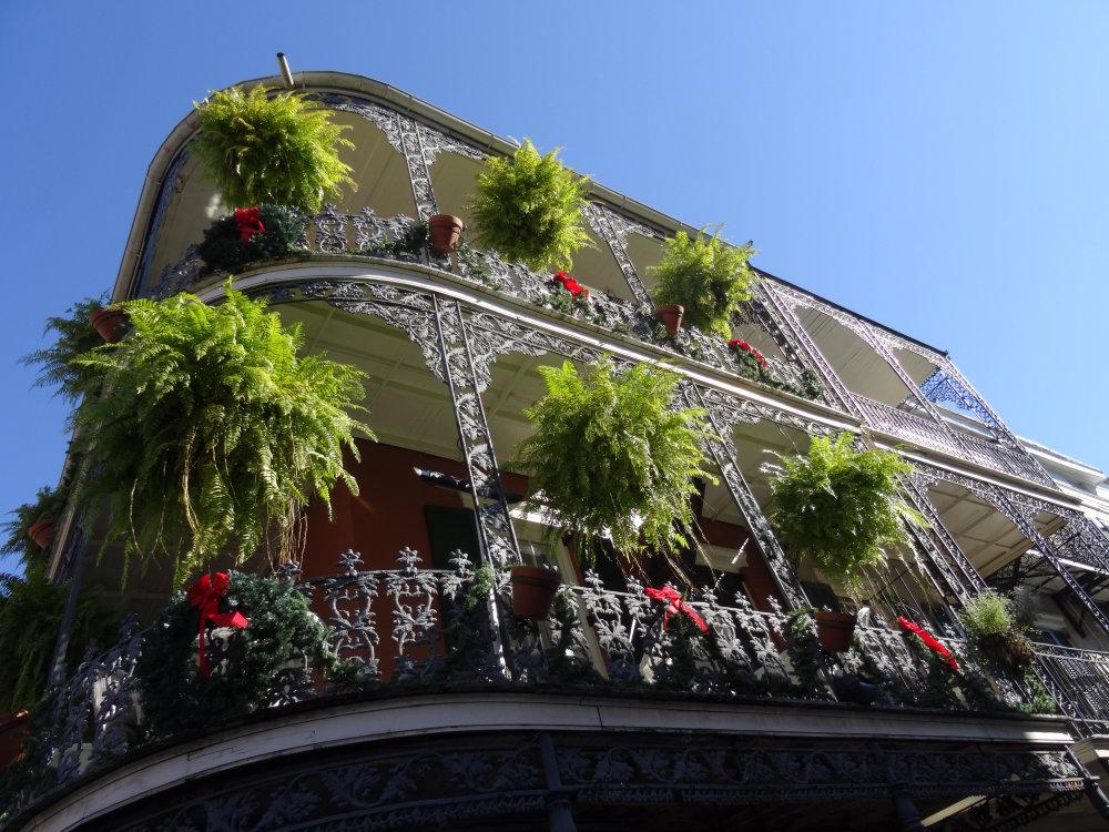 Les balcons ouvragés et fleuris de New Orleans