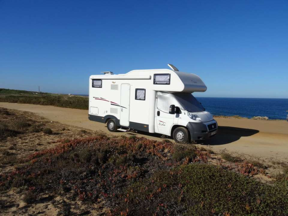 Bivouac sur la côte Atlantique au Portugal