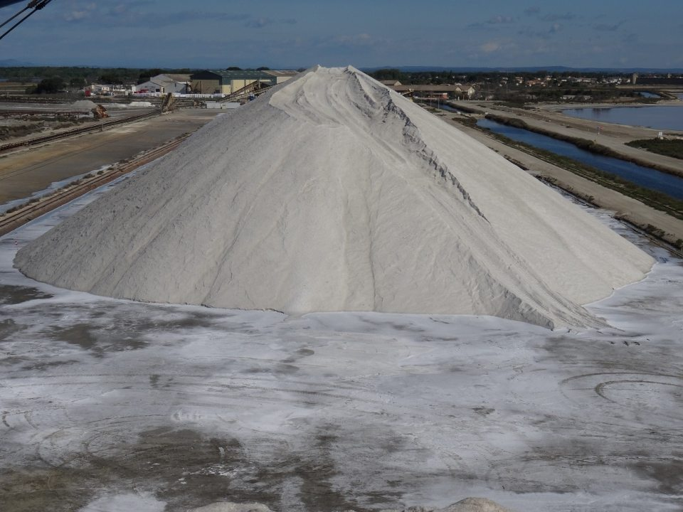 Montagne de sel, salins d'Aigues-Mortes, Camargue