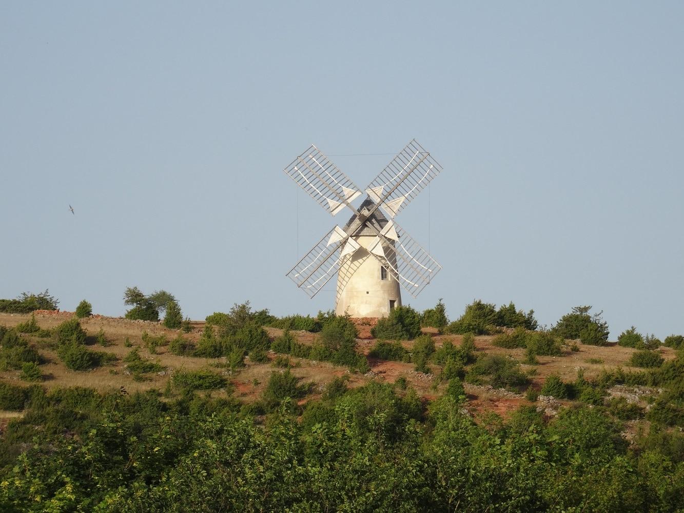 Moulin de La Couvertoirade, cité médiévale de l'Aveyron