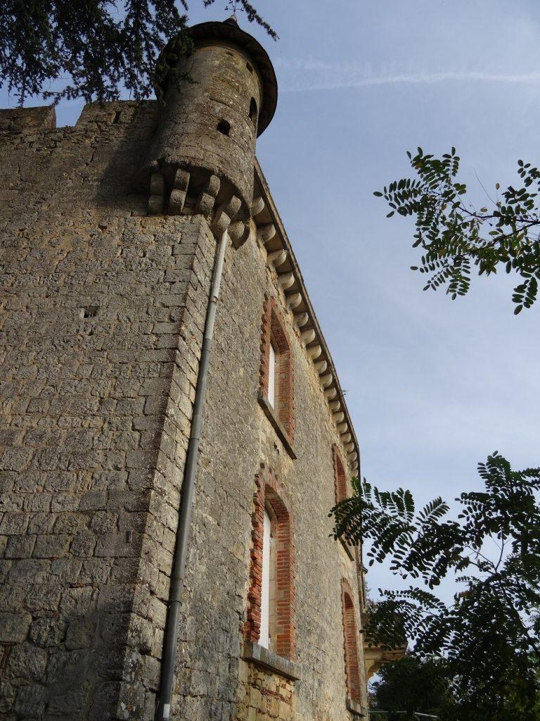 Le château de Tastes à Sainte-Croix-du-Mont (Entre-deux-Mers, Gironde)