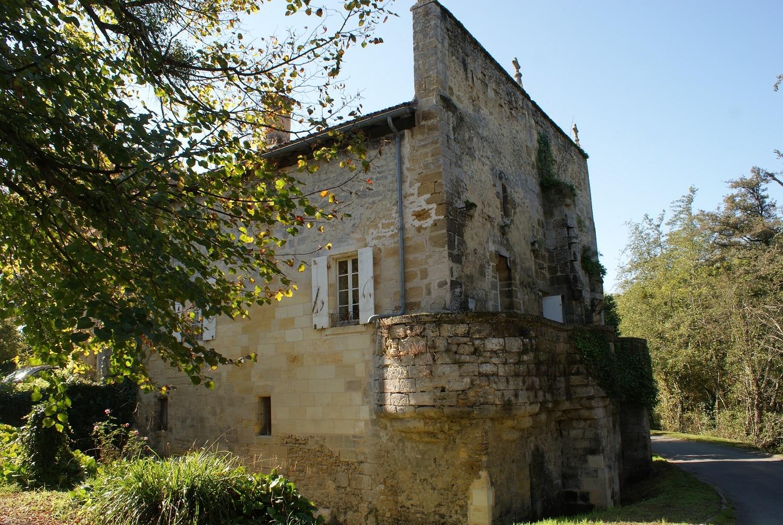 Sur la bouche du moulin neuf à Saint-Quentin-de-Baron