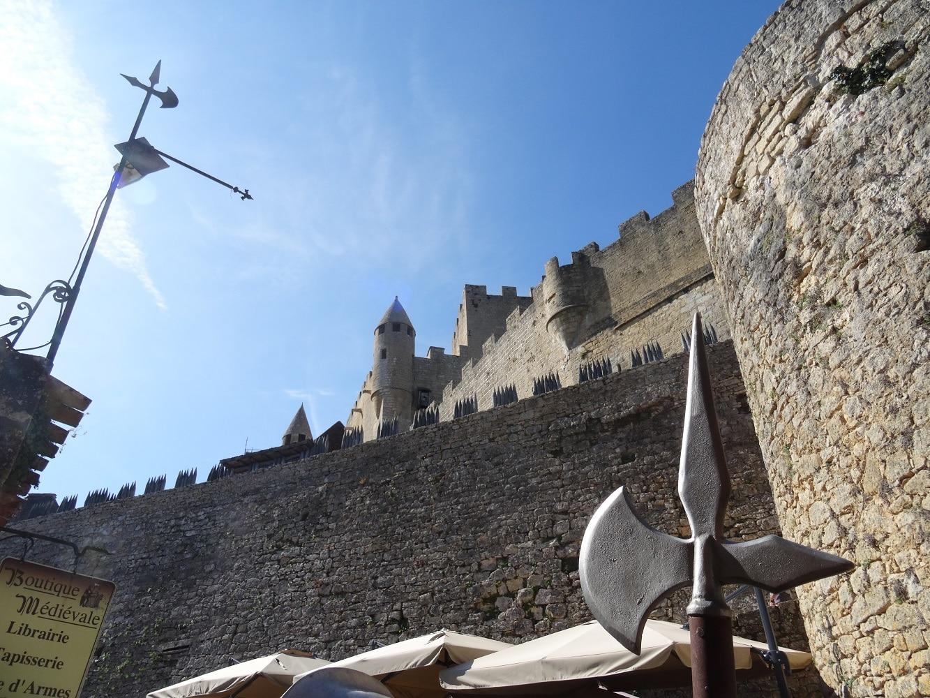 Le château de Beynac et ses remparts