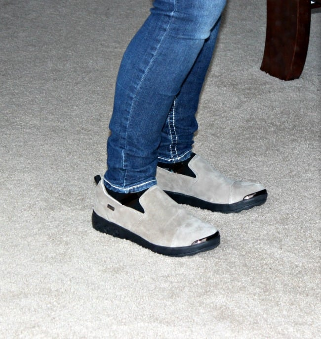 02247cf50 This shoe just took the top spot on my list of comfort from Therafit from  the shoes I have tried. This shoe has it spot on!