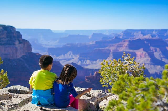 Healthy Habits to Keep In Mind When Traveling With Your Kids
