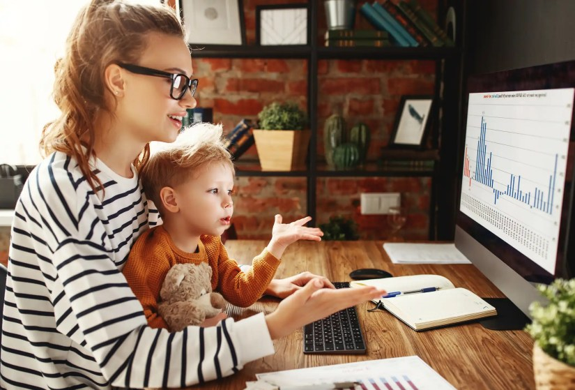 How to balance work and parenting as mom or Dad from home?