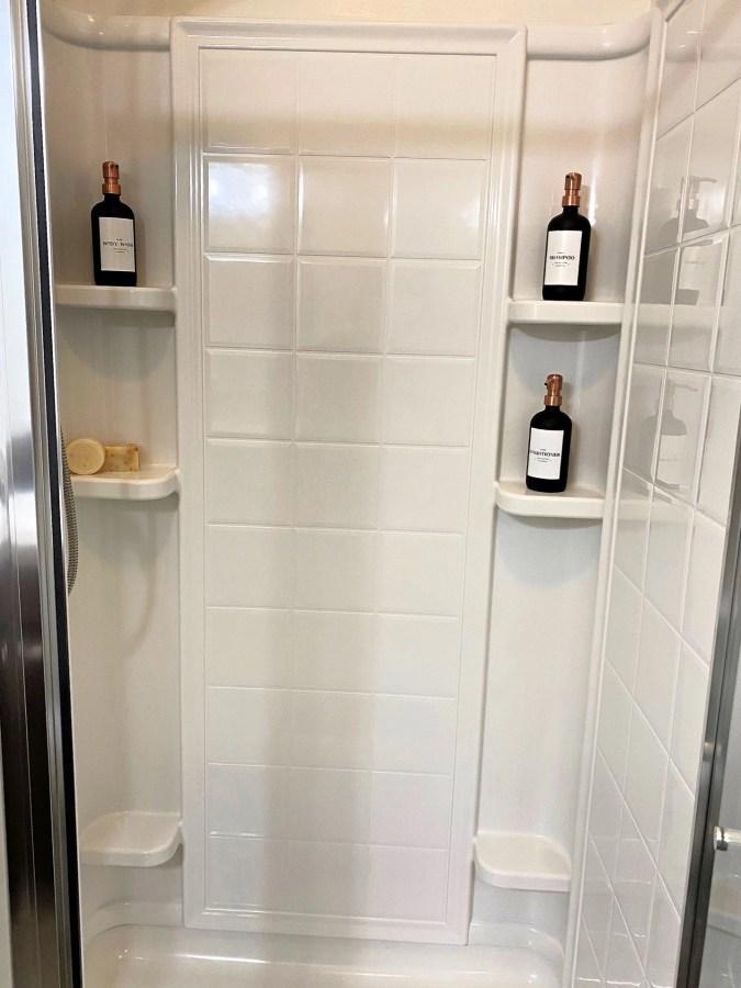 Polished Jar bathroom