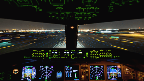 airplanes_cockpit_night_landing_4k
