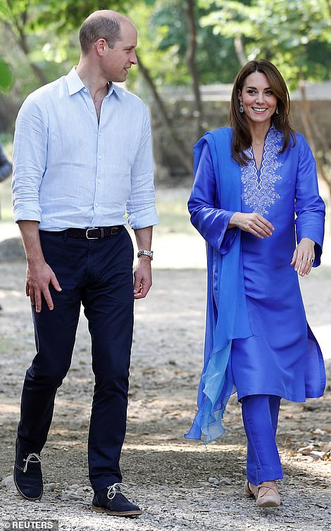 The Cambridges arrive at Margalla Hills in Islamabad