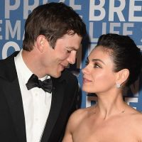 """Mila Kunis and Ashton Kutcher """"gross"""" memes trend after revealing they don't believe in bathing their kids 