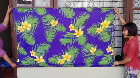 sarong521-20-sarongs-from-indonesia