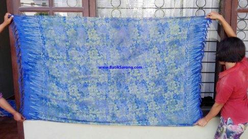 sarong521-30-sarongs-from-indonesia
