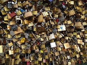 låse symbol på evig kærlighed 350x248