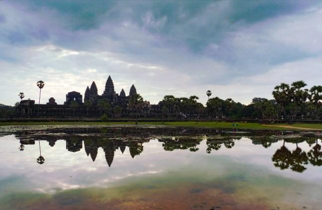 blog-voyage-parfums-de-liberte-julie-et-leo-angkor-vat-temples-vue