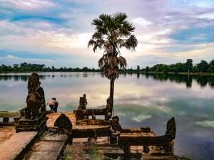blog-voyage-parfums-de-liberte-julie-et-leo-temples-d-angkor-sra-sang-bassin-bain-ablution